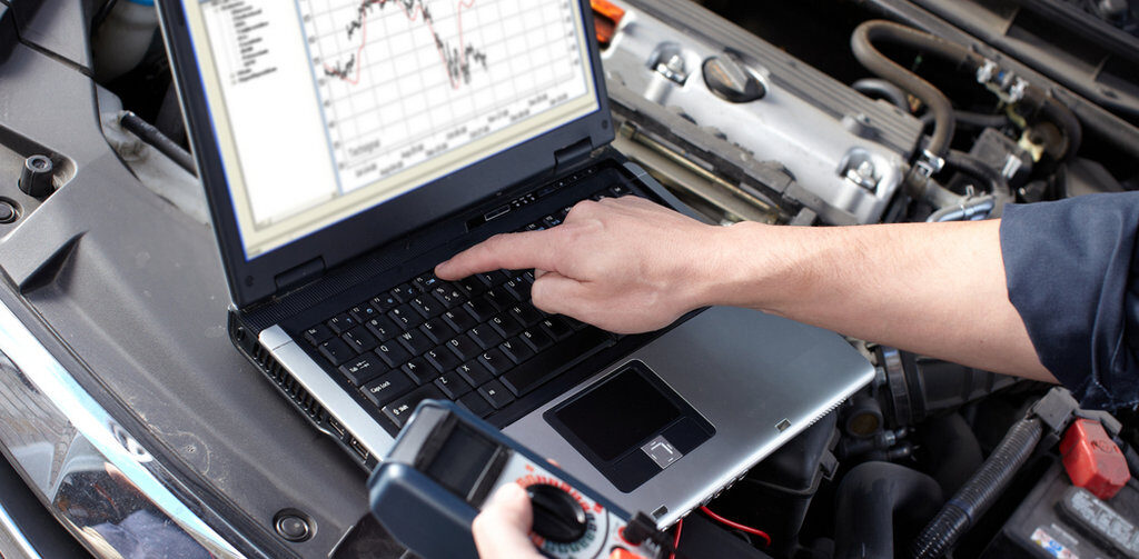 What Are the Benefits of Fleet Vehicle Diagnostics?